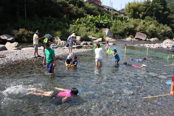 2016ごっくんお山の夏祭り (3)